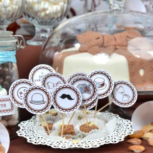 25865847 - homemade fancy set table with sweets candies, cake, marshmallows, zephyr, nuts, almonds, truffle as a present for birthday party