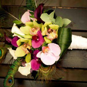 32076068 - beautiful wedding bouquet